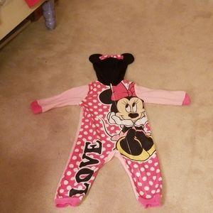 Size 2T minnie mouse pajamas.